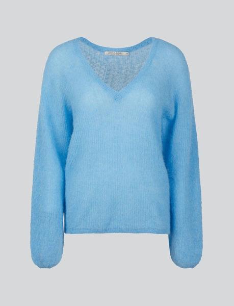 Summum V-neck Sweater Feather Light Alpaca Knit