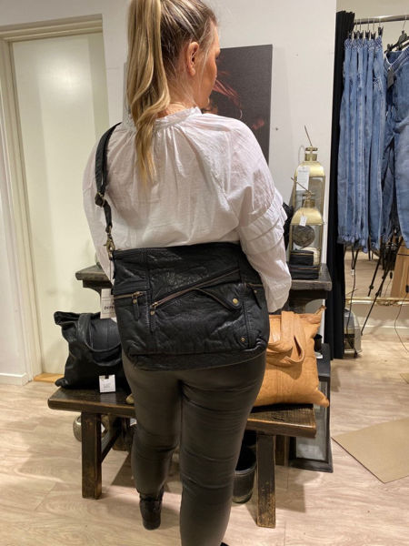 Depeche Medium Bag Black